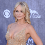 """Miranda Lambert to release collab with Elle King called """"Drunk"""""""