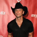 """Kenny Chesney premiers """"Knowing You"""" music video"""