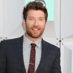 "Brett Eldredge releases single ""Good Day to country radio"