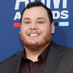 Luke Combs reveals dates for 'What You See Is What You Get' 2021 tour