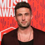 """Michael Ray reveals upcoming summer """"Just The Way I Am"""" tour"""